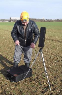 Test de liaisons VLF dans les galeries de Fleury sur Orne Antenne%20rec